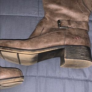 Style & Co Shoes - Style & Co Gayge Boots sz 6 Brown